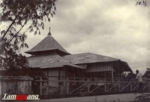 Mesjid Jami Ambon ( 1895 )