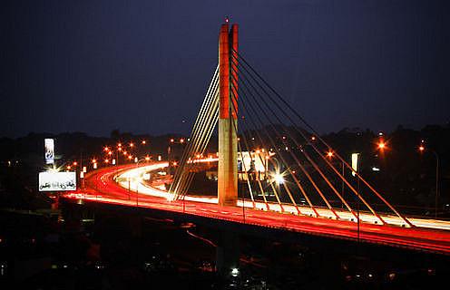 pasupati-bridge-bandung-indonesia+skyscrapercity.com 1